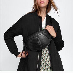 Zara Woman %100 leather Belt Bag